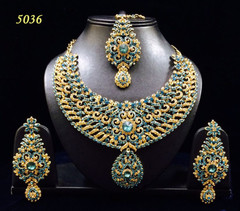 Stunning Gold Plated Heavy Necklace Set1979