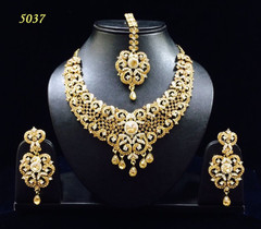 Stunning Gold Plated Reception Wear Necklace Set1980