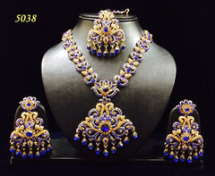 Stunning Gold Plated Heavy Necklace Set1981