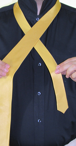 How to Tie a Four In Hand Necktie Knot | Step 2