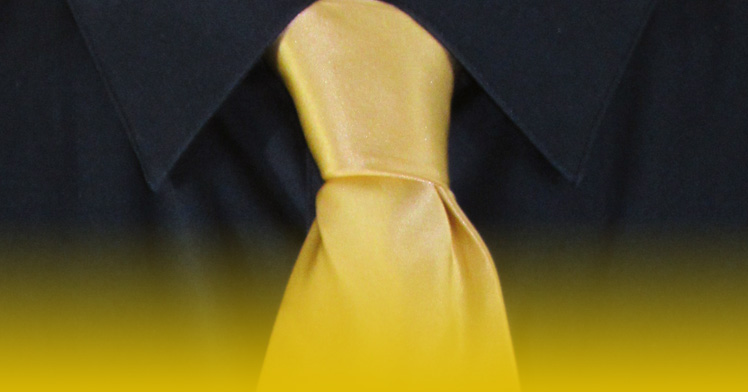 How To Tie A Full Windsor Knot | A Completed Full Windsor Knot