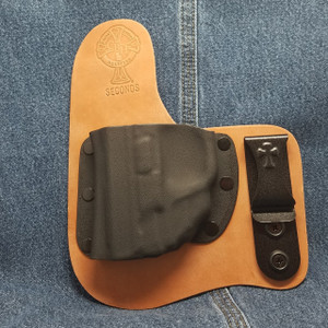13281 CrossBreed Freedom Carry SMITH & WESSON SHIELD with Crimson Trace LG-489 /  Left Hand / Horse