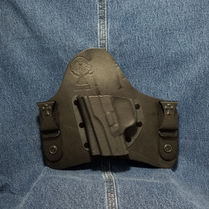 13414 CrossBreed SuperTuck FN FNS 9 COMPACT / Left Hand / Black Cow
