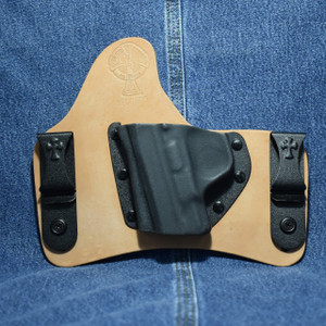 13973 CrossBreed SuperTuck SMITH & WESSON SHIELD 9/40 / Left Hand / Horse / Combat Cut