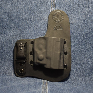 14012 CrossBreed Freedom Carry SMITH & WESSON SHIELD 9/40 with Viridian R5 ECR Reactor Laser / Right Hand / Black Cow