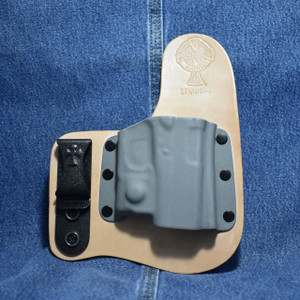 14163 CrossBreed Freedom Carry GLOCK 43 with Viridian R5 ECR Reactor / Right Hand / Horse / Sniper Gray Pocket