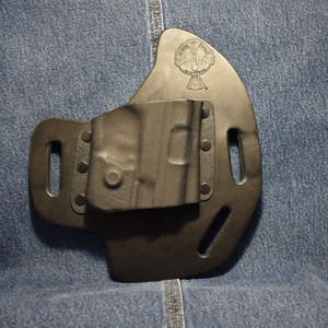 14193 CrossBreed SuperSlide SMITH & WESSON SHIELD 9/40 with Crimson Trace LL-801 / Right Hand / Black Cow / Combat Cut