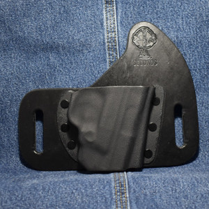 14196 CrossBreed SnapSlide SMITH & WESSON SHIELD M2.0  9/40 with Built in Laser / Right Hand / Black Cow / Sweat Guard / Combat Cut