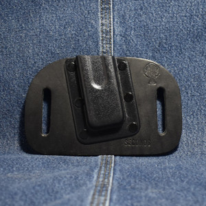 MC0069 CrossBreed Mag Carrier SINGLE STACK 9mm / Left Side Carry / Black Cow / Single