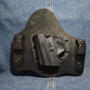 14571 CrossBreed SuperTuck SIG P225-A1 / Left Hand / Black Cow