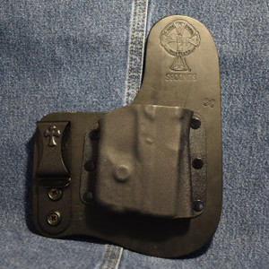 14632 CrossBreed Freedom Carry  GLOCK 42 with STREAMLIGHT TLR6 / Right Hand / Black Cow