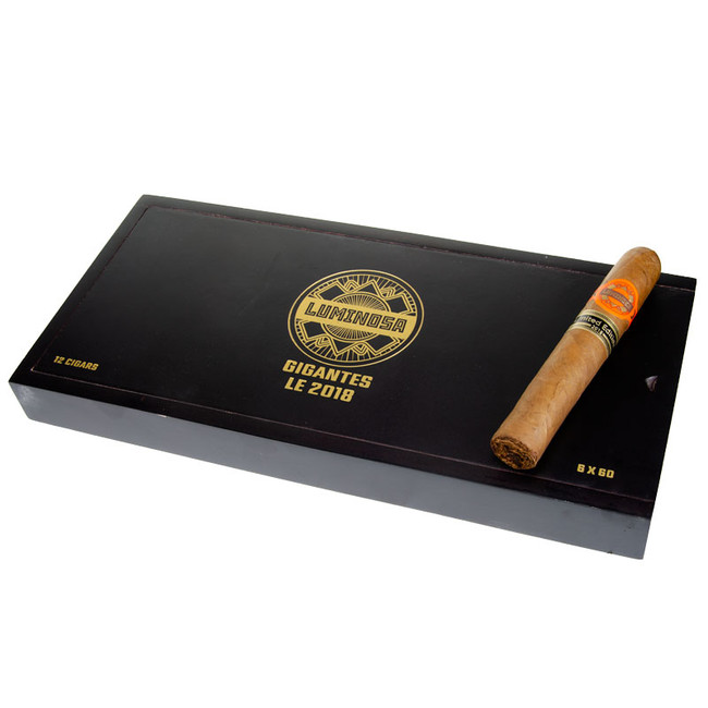 Crowned Heads Luminosa Gigante LE