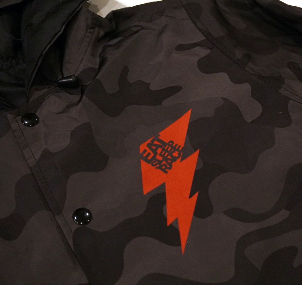 Bolt Windbreaker Jacket | Black Camo