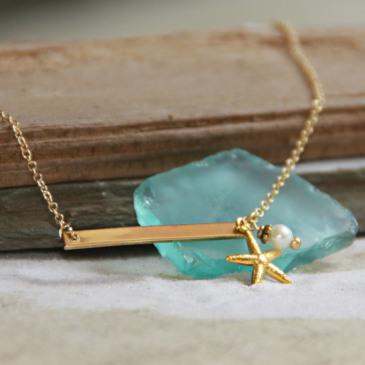 OC-10  In Style Starfish Bar Necklace