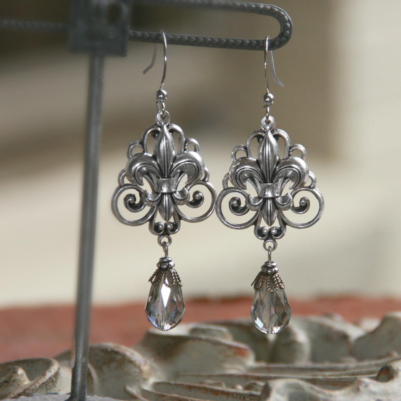 FER-86  Fleur de Lis Dangle and Swirl Earrings