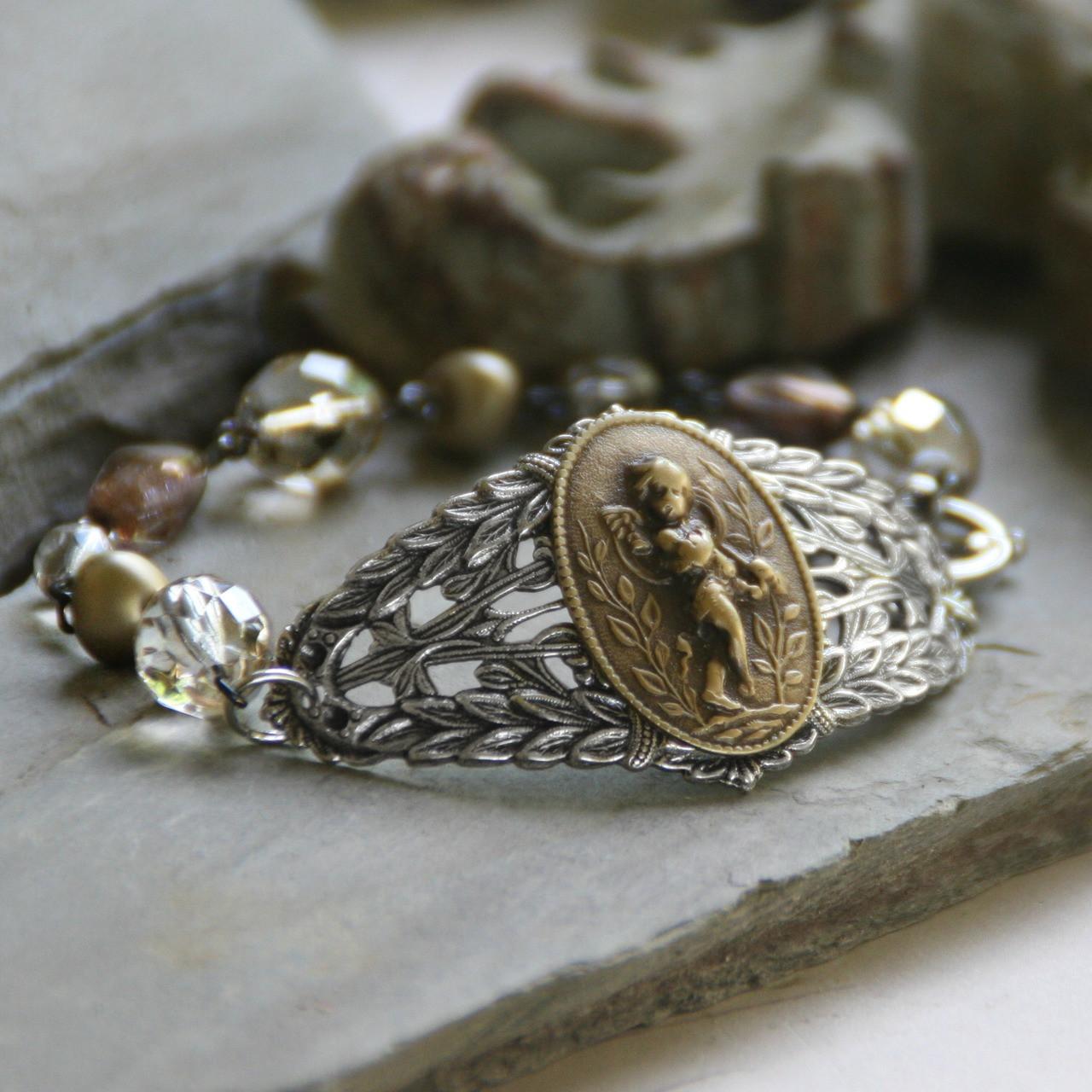 BR-10  Vintage Style Oh So Pretty Angel Bracelet