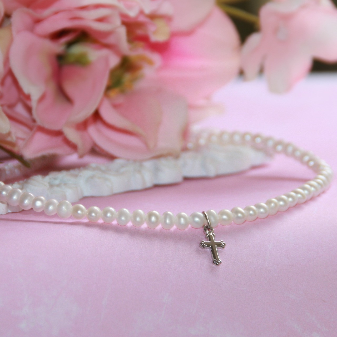"""CJ-455  Freshwater Pearls Necklace  14"""" with 2"""" Extension and Rhodium Cross"""