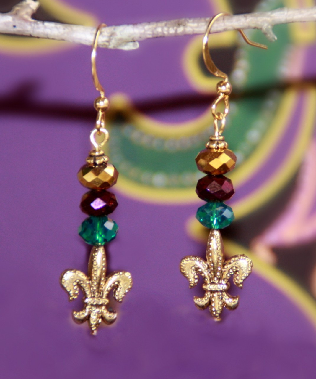FER-249 Mardi Gras color Fleur de Lis Earrings