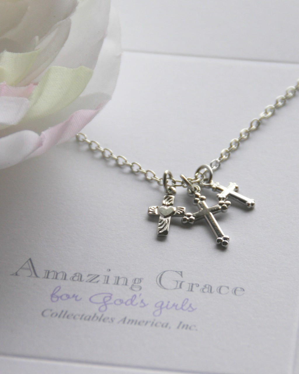 GG-27  Amazing Grace Three Small Crosses