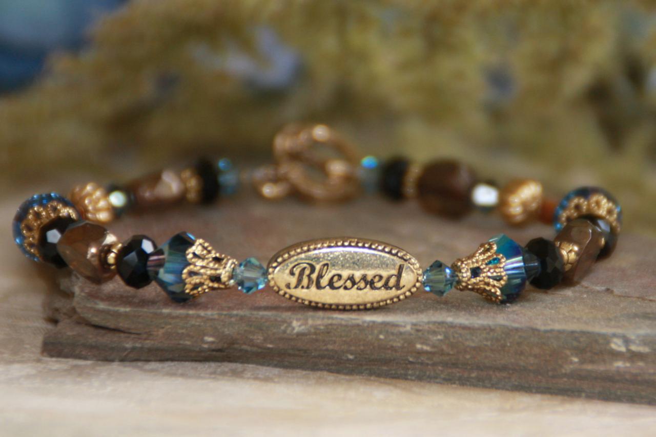 IN-237 Blessed bracelet gold tone