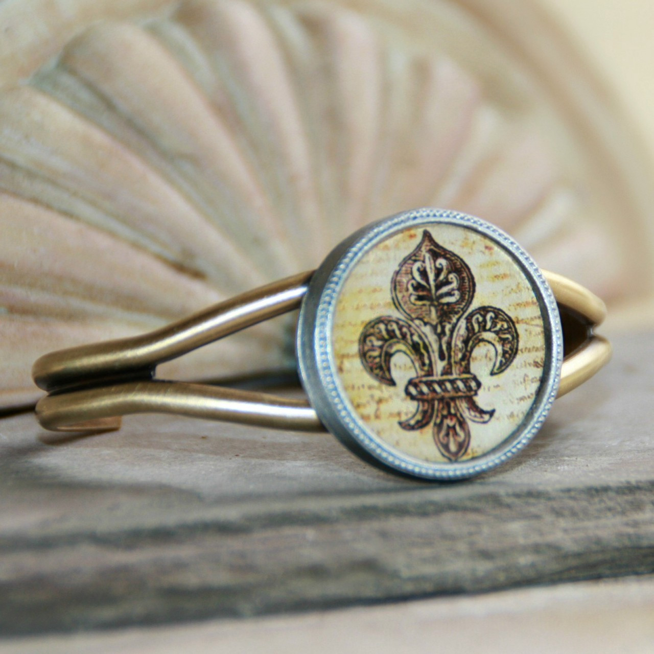 ART-127 Old World Fleur De Lis Cuff Bracelet