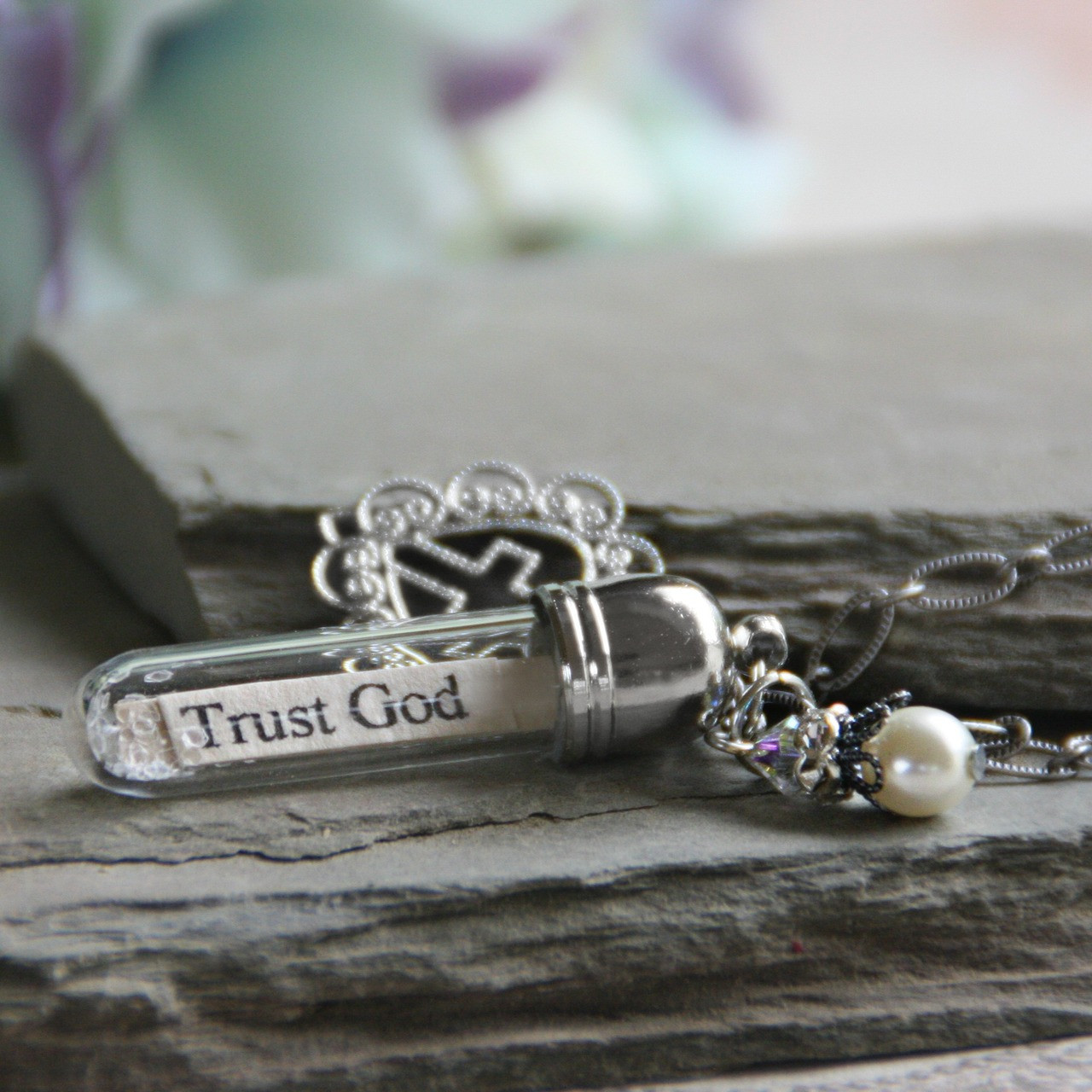 MM-S  Trust God  all your heart