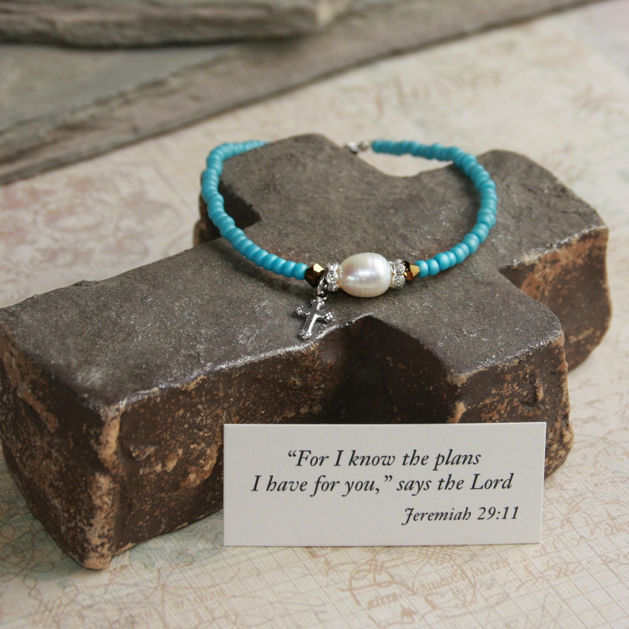 IN-111GR  Perfect for Graduate Jeremiah 29:11 Bracelet