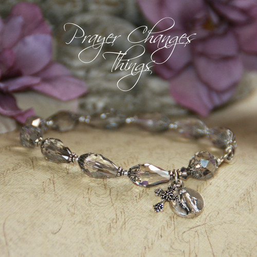 IN-191BR  Beautiful Prayer Changes Things Platinum Crystals Mary Medal Bracelet
