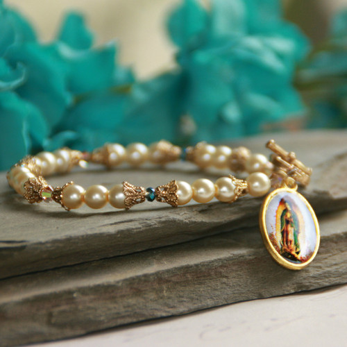 IN-596  Artwork Our Lady of Guadalupe Pearl Bracelet
