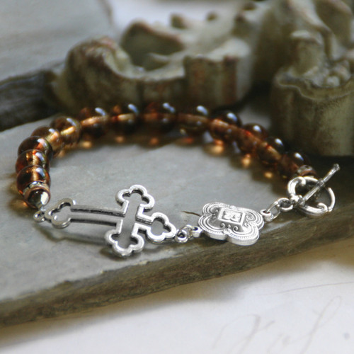 BR-14  Classic Cross Bracelet with Toggle Clasp