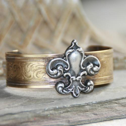 ART-116 Fleur de Lis cuff bracelet