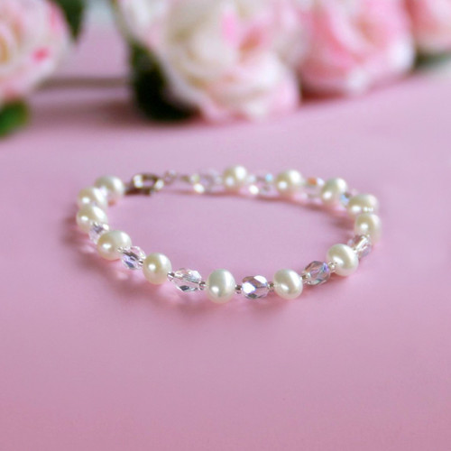 """STG-249  Freshwater Pearls and Crystals 6"""" Child Bracelet"""