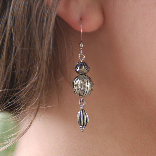 IS-678 Matching Vintage Style Earrings