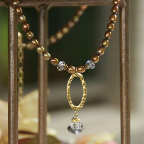 IS-642  Freshwater Pearls and Oval drop Necklace