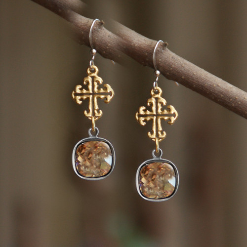 IS-191   Wow Swarovski Cross Earrings