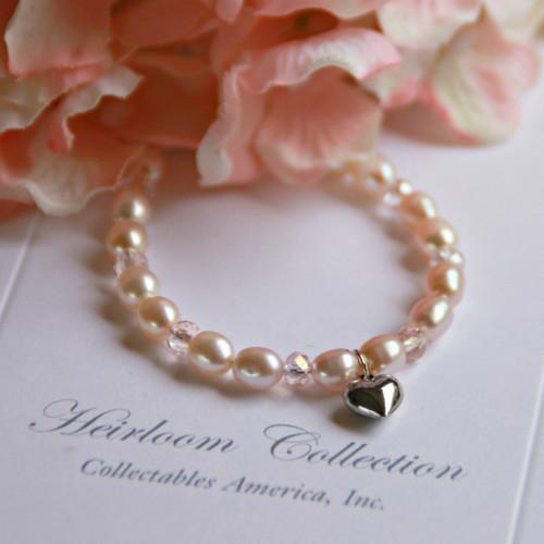 "CJ-312HT  Rhodium Heart Charm Freshwater Pearls Pearls Bracelet 5"""