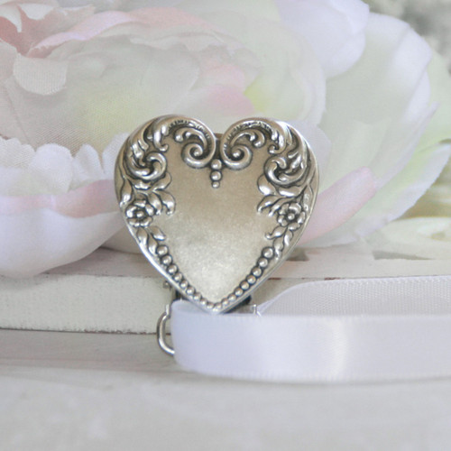 BA-76  Beautiful Heart Perfect for Engraving Paci-Holder