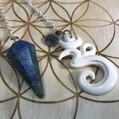 Lapis Lazuli Om Pendulum