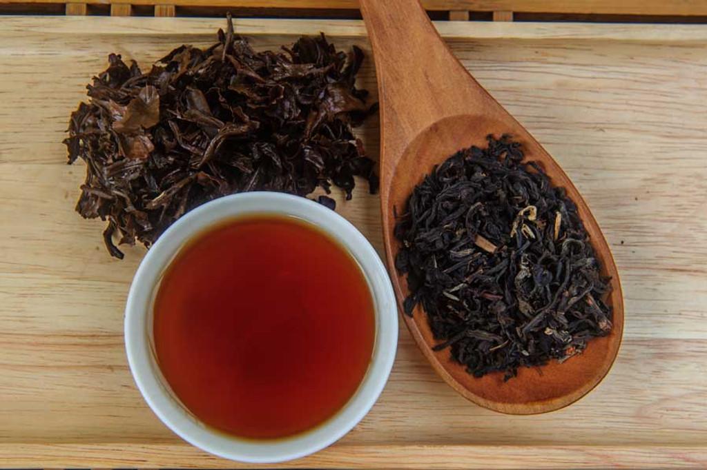 Black Jasmine Tea Display
