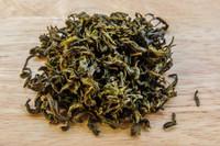 Tiny Daisy Tea Wet Leaves