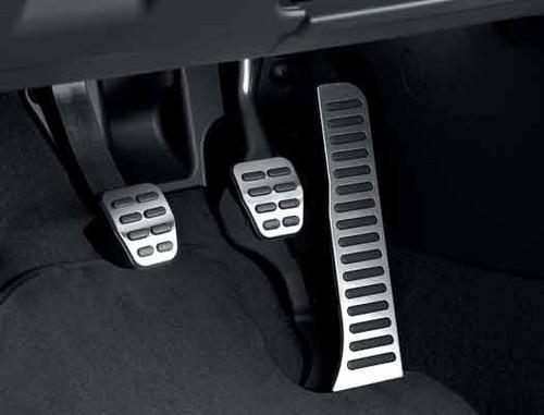 VW Jetta Sportwagen Pedals