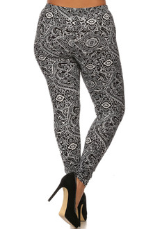 Plus Size Opulent Garland Leggings