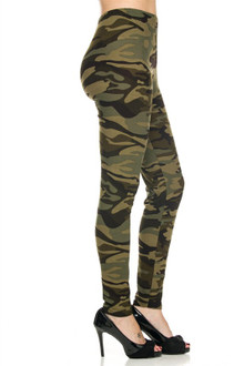 Right side leg image of Extra Plus Size Green Camouflage Leggings - 3X-5X