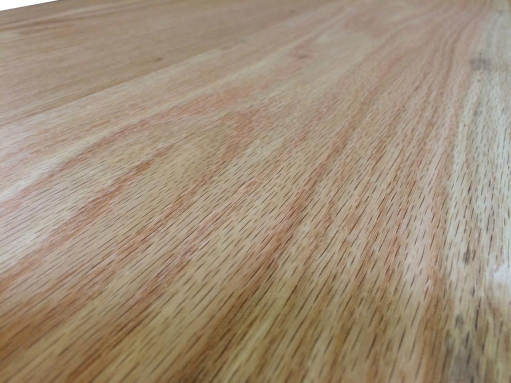 Red Oak Close-up