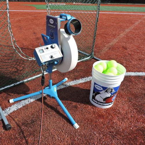 Changeup Super Softball™ Pitching Machine