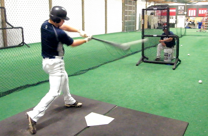 short-toss-indoor-cage.jpg