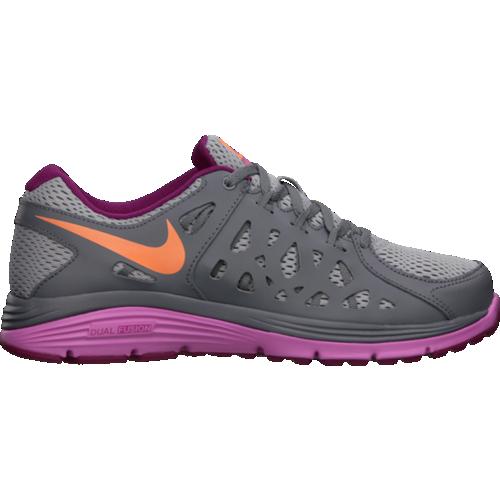 Nike Women's Dual Fusion Run 2 Shoe