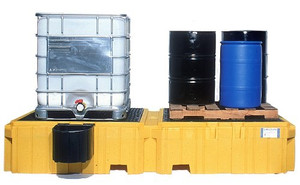 UltraTech 1142 Twin IBC Spill Pallet, 1 left side bucket shelf, Drain