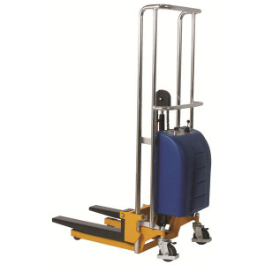 Wesco 273204 Battery Operated Value Lift Stacker