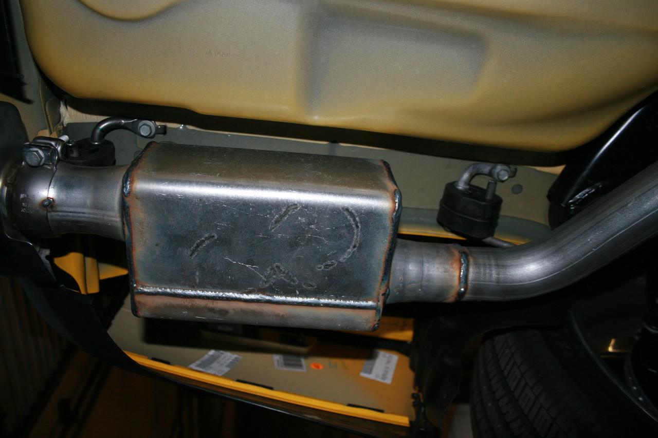 9000 Muffler on a Dodge Challenger